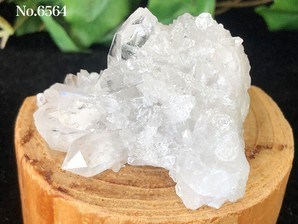 水晶クラスター  約80g No,6564