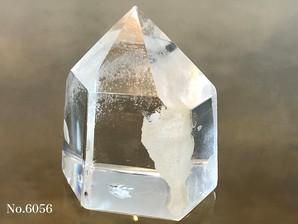 ガーデン水晶ポイント 約20g No、6056