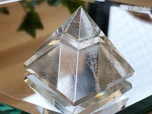 ヒマラヤ水晶ピラミッド 約40g No,6910