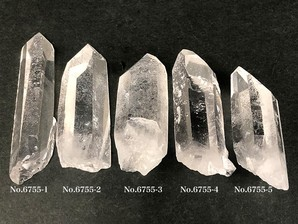 ナチュラル水晶ポイント 約20g No,6755