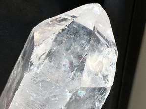 水晶ポイント(レインボー)約74g  (RB-4)