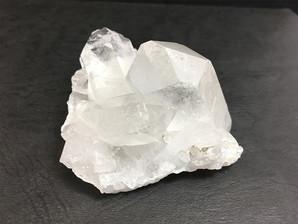 水晶クラスター(ウインドウ)約150g No,3769