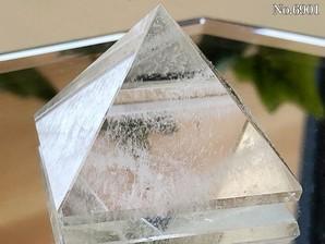 ヒマラヤ水晶ピラミッド 約30g No,6901