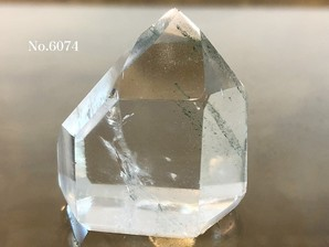 ガーデン水晶ポイント 約40g No、6074