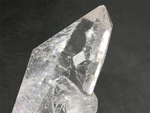 水晶ポイント(ウインドウ)W-8