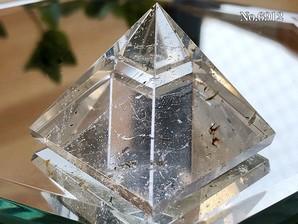 ヒマラヤ水晶ピラミッド 約40g No,6912